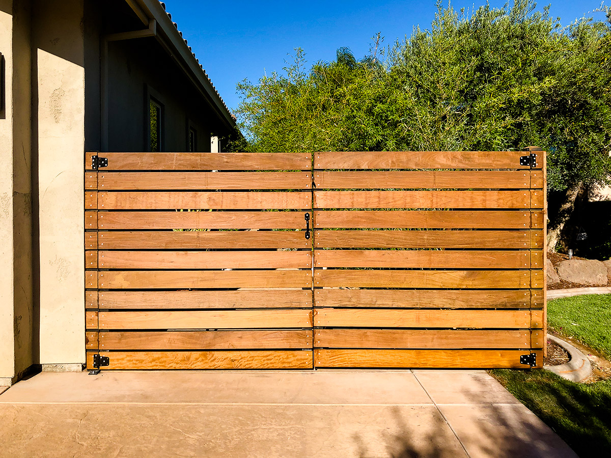 Custom Horizontal Fence